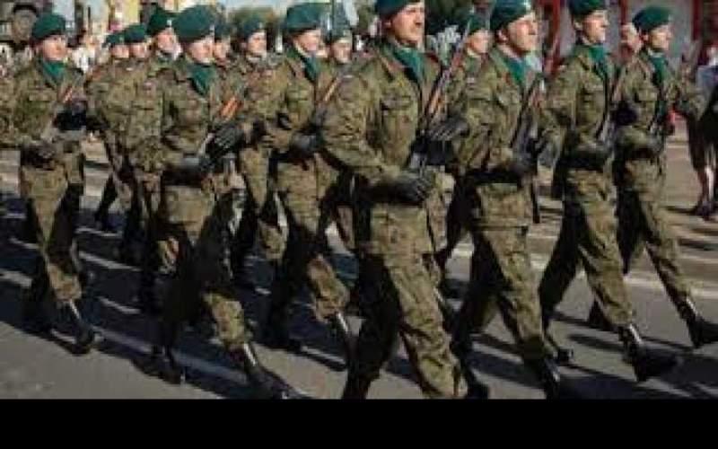 4 أزياء عسكرية لجيوش تسببت في مقتل مرتديها