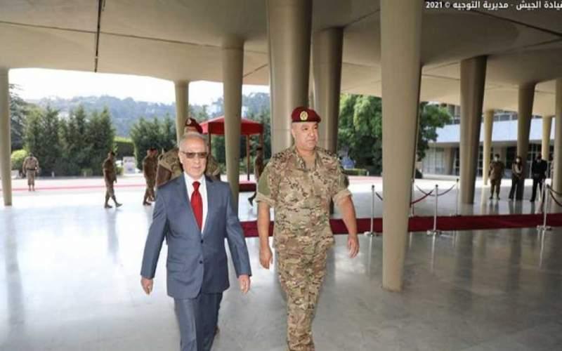قائد الجيش استقبل وزير الدفاع الجديد