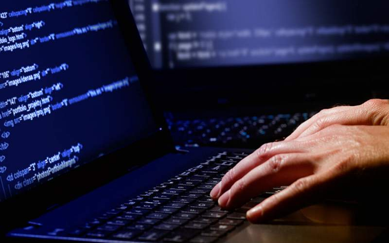 الامن العام حذر من شبكات ناشطة على مواقع التواصل الاجتماعي تروج للحصول على جواز سفر اجنبي مقابل مبالغ مالية طائلة